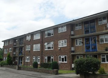 Thumbnail 2 bed flat to rent in The Glebe, Horley