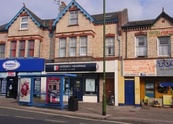 Thumbnail 2 bed flat to rent in Hyde Road, Paignton