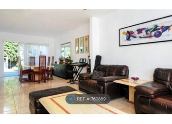 3 bed semi-detached house to rent in Selvage Lane, London NW7