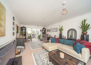 Thumbnail 4 bed detached house to rent in Deanfield Road, Henley-On-Thames