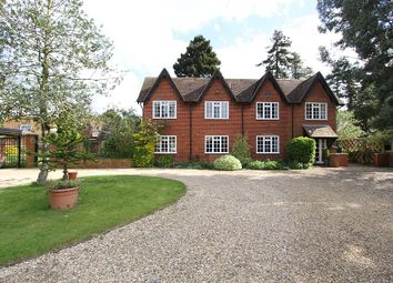 Thumbnail 6 bed country house for sale in 31, High Street, North Crawley, Buckinghamshire