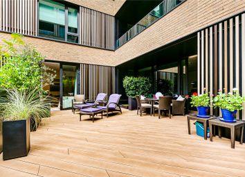 Wood Crescent, London W12. 2 bed flat