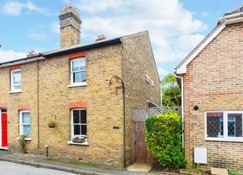 Thumbnail 2 bed cottage for sale in Datchet Place, Datchet, Slough, Berkshire
