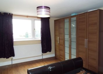 Thumbnail Room to rent in 4 Woodside Place, Cannock