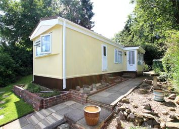 Thumbnail 1 bed mobile/park home for sale in Turners Hill Park, Turners Hill, Crawley, West Sussex