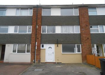 Thumbnail 3 bed flat to rent in Brendon Avenue, Luton
