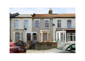 Thumbnail 4 bed flat to rent in Woodstock Road, Forest Gate, London