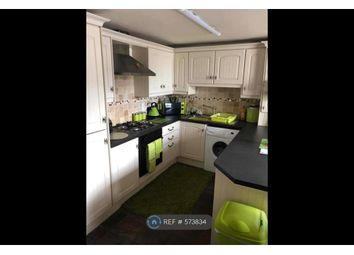 2 bed flat to rent in Highergate, Accrington BB5