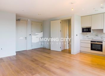 Thumbnail 1 bed flat to rent in Renaissance Sqr, Palladian Gardens, London