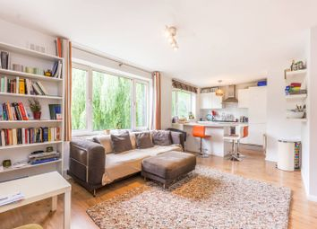 Thumbnail 3 bed flat for sale in Southgate Road, De Beauvoir Town