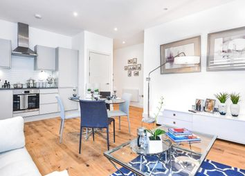 Thumbnail 2 bed flat to rent in Newtown Road, Henley-On-Thames