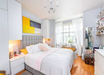 Harleyford Road, Vauxhall, London SE11. 3 bed flat for sale          Just added