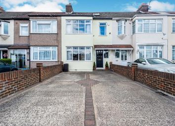 Rainham Road, Rainham RM13. 3 bed terraced house