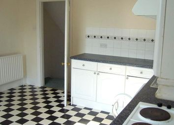 Thumbnail 4 bed flat to rent in Boundary Road, Hove