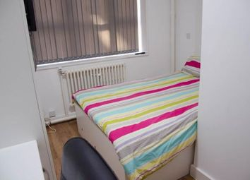Thumbnail 4 bed flat to rent in Albion Street, Leicester