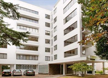 Thumbnail 3 bed flat for sale in North Hill, Highgate Village, London