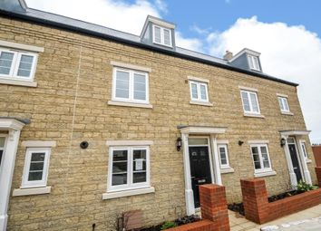 4 bed terraced house to rent in Kingsmere, Bicester OX26