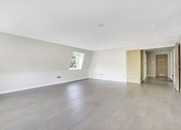 Thumbnail 2 bedroom flat to rent in St Georges Road, Weybridge