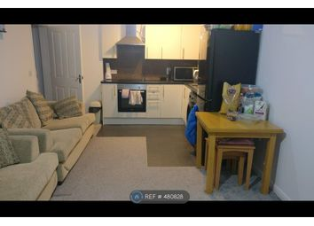 Thumbnail 2 bed flat to rent in Charlcot Mews, Slough