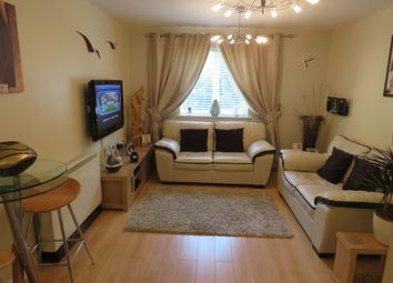 Thumbnail 1 bed flat for sale in Rhodfa'r Gwagenni, Barry