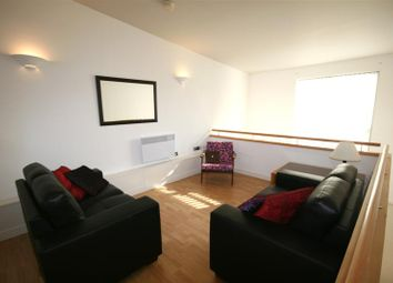 2 bed flat to rent in Newton Street, Manchester M1