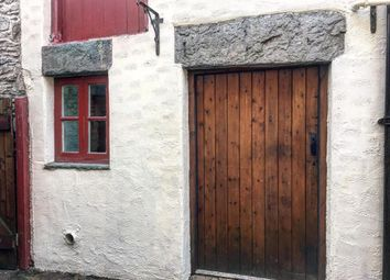 Thumbnail Studio to rent in The Square, Corwen