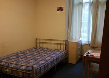 Thumbnail Room to rent in Holden Road, Woodside Par