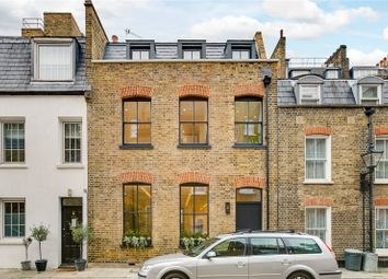 Thumbnail 3 bedroom mews house to rent in Bingham Place, Marylebone