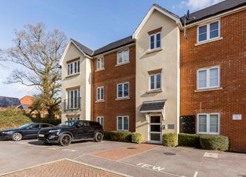Thumbnail 2 bed flat for sale in Brushwood Grove, Emsworth