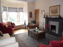 Thumbnail 3 bed flat to rent in Dalkeith Road, Edinburgh
