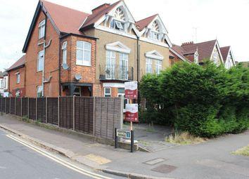 Thumbnail Studio to rent in 8 Kenton Road, Harrow, Greater London