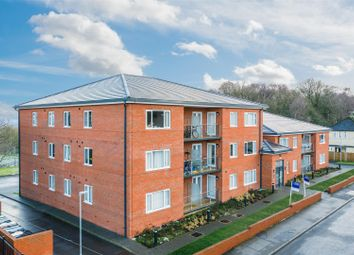 2 bed flat for sale in Iveson Drive, Ireland Wood, Leeds LS16