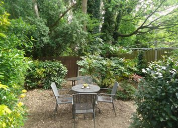 Thumbnail 1 bed flat to rent in Holmesdale Road, Highgate