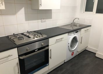 Thumbnail 2 bed flat to rent in Foxbourne Road, Balham