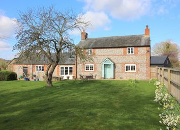 Thumbnail 4 bed cottage to rent in North Street, Bishops Sutton, Alresford