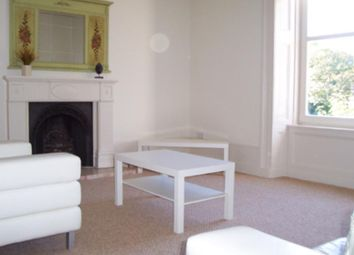 2 bed flat to rent in Skene Street, Aberdeen AB10