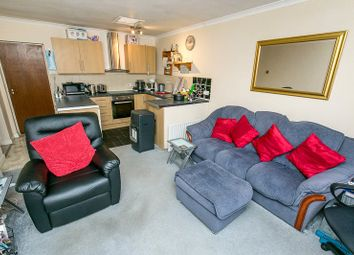 1 bed flat for sale in Westway, Caterham, Surrey CR3
