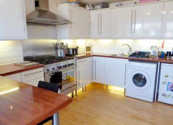 Thumbnail 2 bedroom flat for sale in White Lion Walk, Gosport