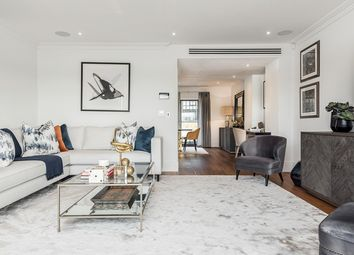 Thumbnail 3 bedroom flat to rent in Rainville Road, London
