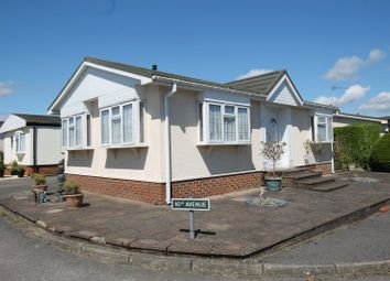 Thumbnail 2 bed mobile/park home for sale in Tenth Avenue, Holly Lodge, Lower Kingswood, Tadworth