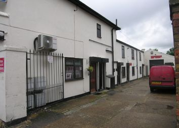 Thumbnail Commercial property to let in Victoria Road, Gidea Park, Romford