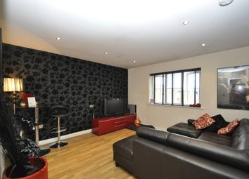 Thumbnail 1 bed flat to rent in Carrfield, Hyde