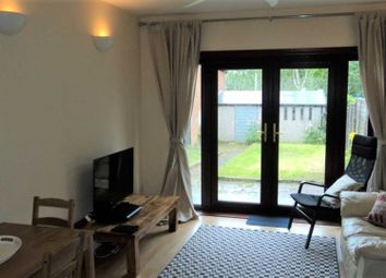 Thumbnail Room to rent in Room 1, 13 Weston Road, Woodbridge Hill, Guildford