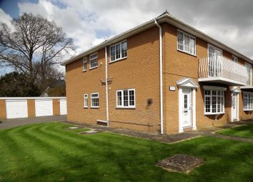 Thumbnail 2 bed flat for sale in Sylvan Court, Woodhall Spa