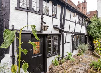 Thumbnail 2 bed cottage for sale in New Street, Henley-On-Thames