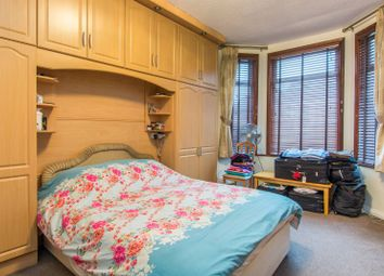 Thumbnail 6 bed property for sale in Byrne Road, Balham