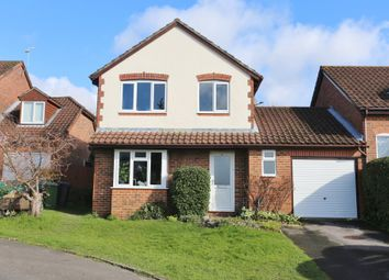 Thumbnail 3 bed detached house for sale in Siskin Close, Bishops Waltham, Southampton