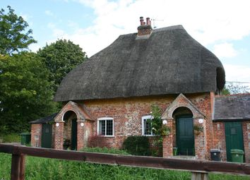 Thumbnail 2 bedroom cottage for sale in Leverton, Hungerford