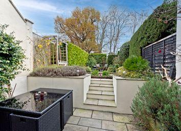2 bed flat for sale in Langley Avenue, Surbiton KT6