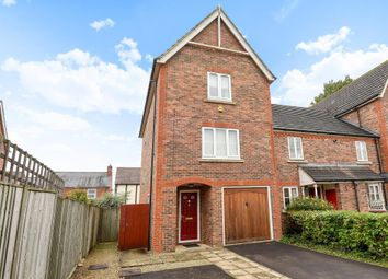 Thumbnail 4 bed town house to rent in Anna Pavlova Close, Abingdon